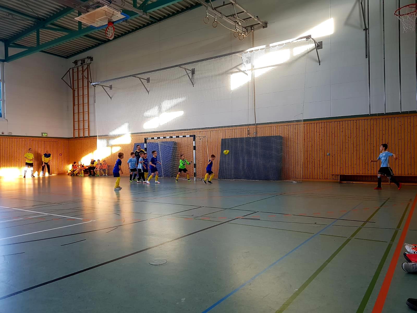 F-Junioren begeistern bei Hallenbestenermittlung